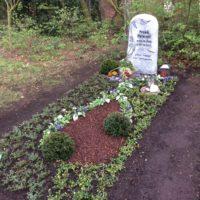 Einfach Grabstelle, Grabgestaltung