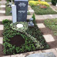 Urnenwahlgrab nach Wunsch funktional gestaltet