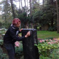 Grabpflege in Leipzig - Die Grabsteinsäuberung