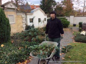 Praktikanten und Lehrlinge der Blumenhalle am Südfriedhof Leipzig