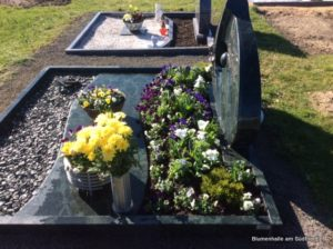 Friedhof Otterwisch Grabgestaltung