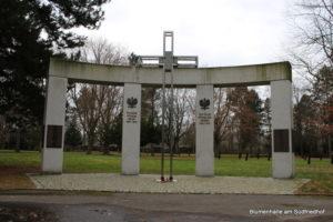 Mahnmal für gefallene polnische Soldaten - Ostfriedhof