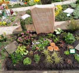 Grabgestaltung 2er Urnengrab