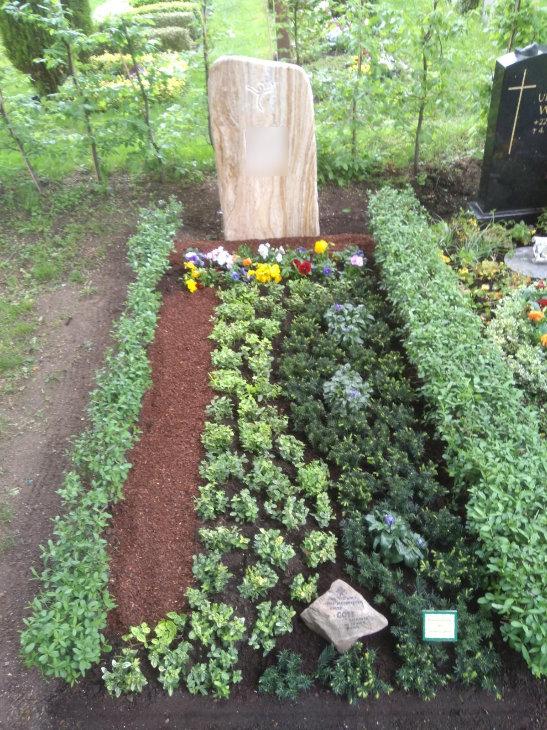 Grabgestaltung Friedhof Gohlis