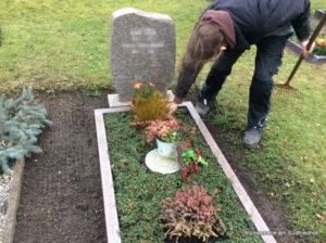 Friedhof Störmthal Grabpflege