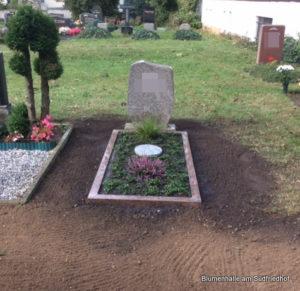 Friedhof Störmthal Grabgestaltung