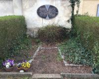 Urnengrabanlage für 2 Urnen in Paunsdorf moderm und preiswert