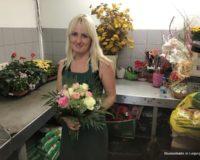 Praktikum Floristik mit buntem Blumenstrauss 1